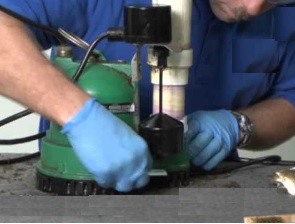 Entretien pompe de relevage VILLEMAREUIL (77470)